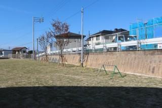 双葉保育園 運動場 遊具