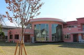 双葉保育園 ホール